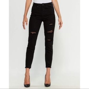 NWT YMI High Waisted Distressed Ankle Dream Jeans